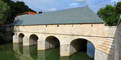 Pont-écluse Saint-Amand