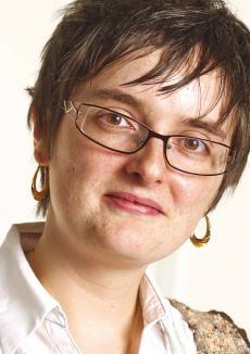 Jennifer GHEWY