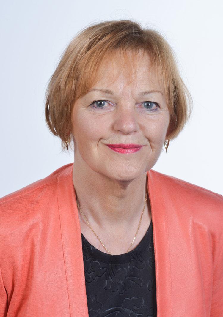 Régine MUNERELLE