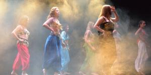 Invitation au voyage avec les danseuses du conservatoire