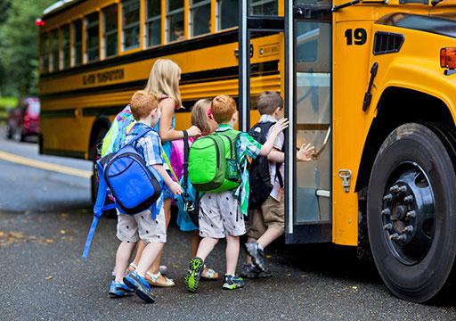 Accompagnateur de bus scolaire